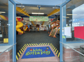Learn more about Kids Gotta Play, an authorized Rainbow Play System Dealer - sub-page-content-01